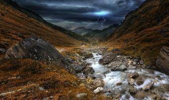 ....Unwetter zieht auf
