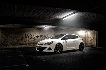 Opel-Astra-OPC-IV